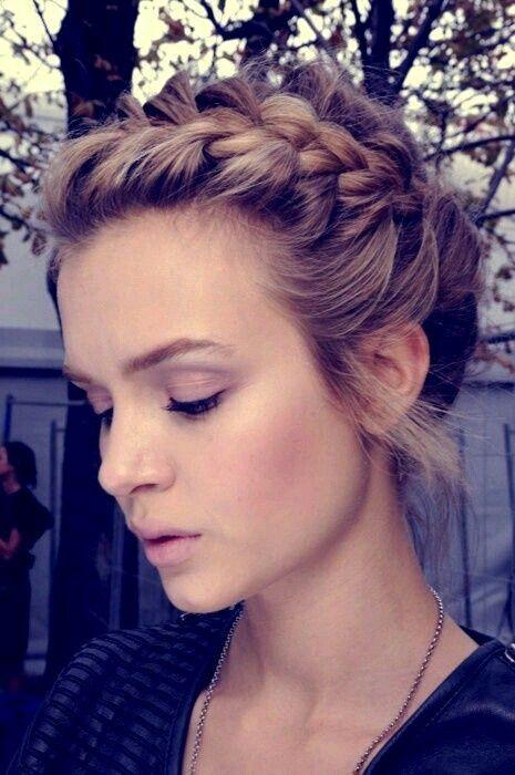 Trenza, peinado griego | Hairstyles | Pinterest | Trenza, Peinados y ...