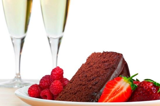 Excited for Valentine's Day? Check these top ten wine and chocolate matches by Natalie MacLean, author of the bestseller Unquenchable: A Tipsy Quest for the World's Best Bargain Wines. Cheers! Read here: http://www.foodnetwork.ca/valentines-day/blog/10-wine-and-chocolate-pairings-for-valentines-day/6136/