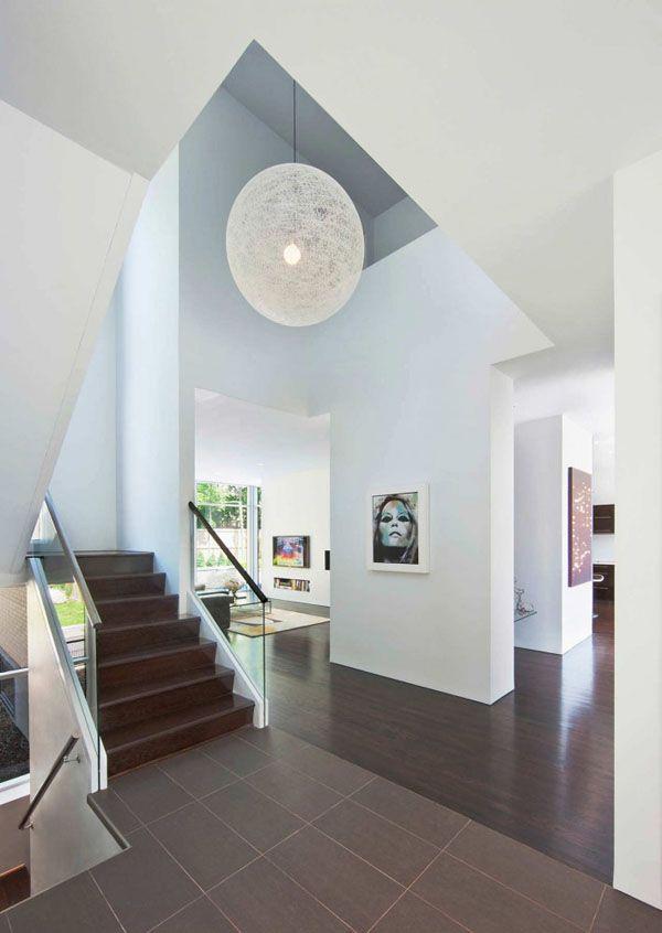 Erstaunlich Fraser Residence In Ottawa Sieht Wie Eng Gebundenen Bänden Gestapelt  Schlafzimmer Schmucklose Einfachheit, Eco Design