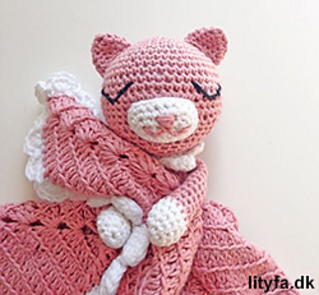 Cute cat security blanket pattern by Lityfa #securityblankets