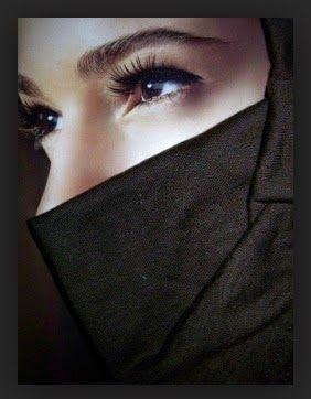 Contoh Foto Muslimah Teladan Style Fashion Beautiful Eyes