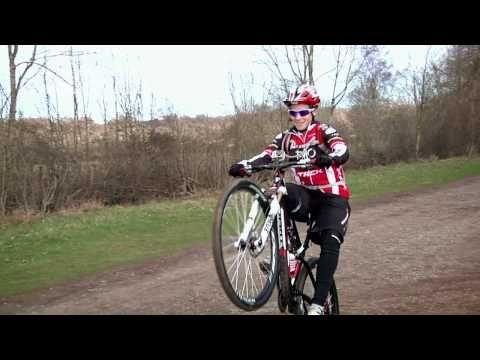 How To Wheelie A Mountain Bike Youtube Mountain Biking Bike