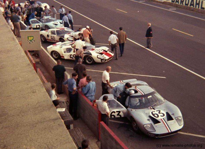 Le Mans 1966 Start Publicity Photograph Ford Gt40 Mkii Alan Mann Racing Hill Le Mans Ford Gt Ford