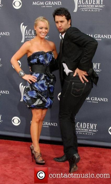Luke bryan and his incredibly lucky wife caroline boyer for What happened to luke bryan siblings