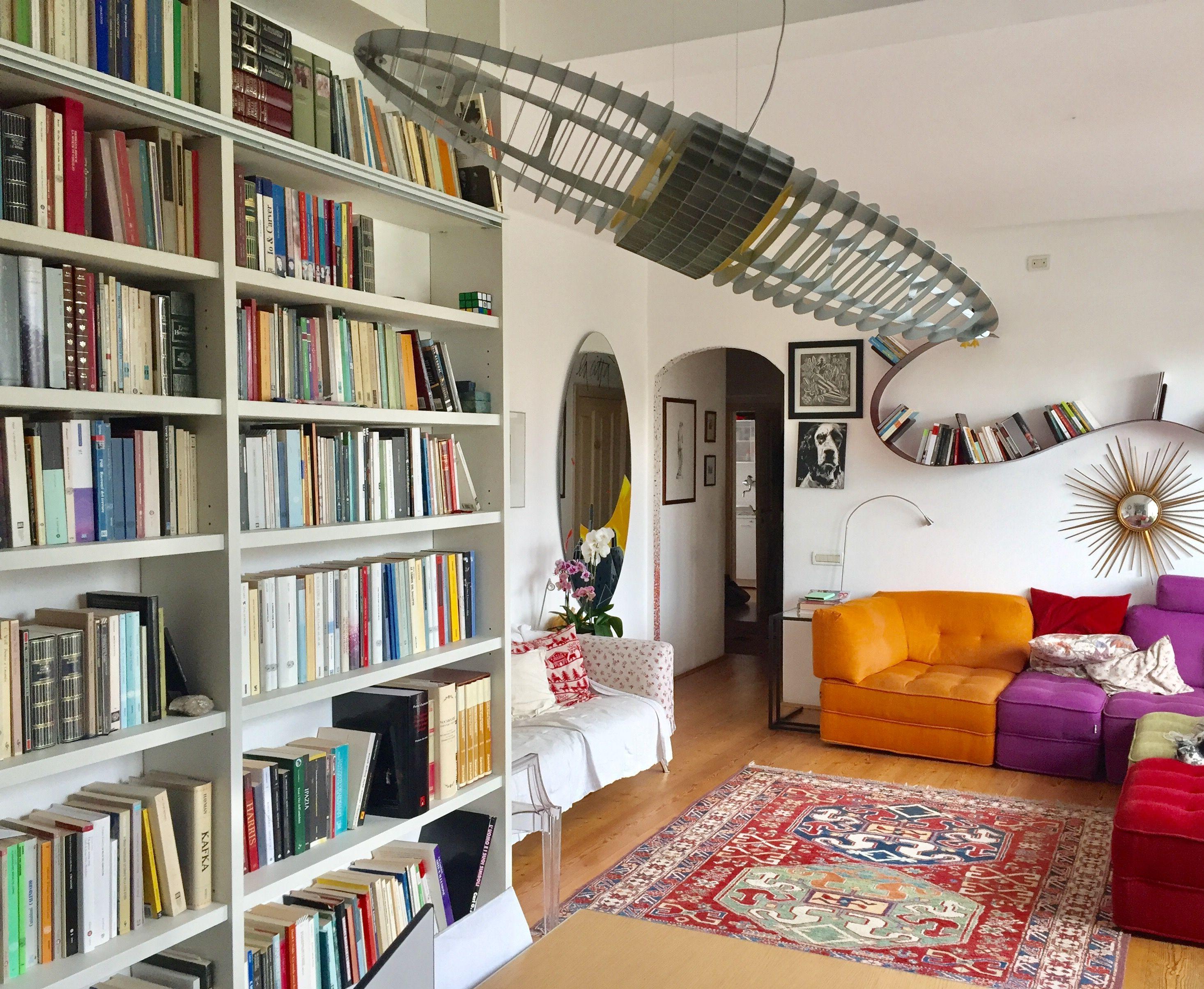Libreria lema lampada luceplan e bookworm di kartell design