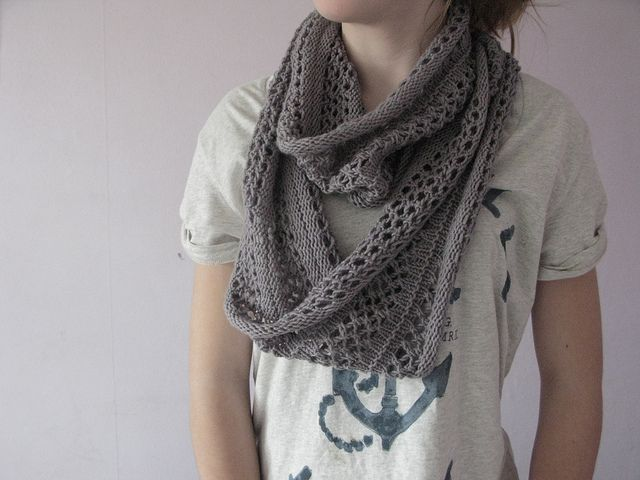 Simple Yet Cozy Gray Loop Scarf Knotty Knitter Pinterest