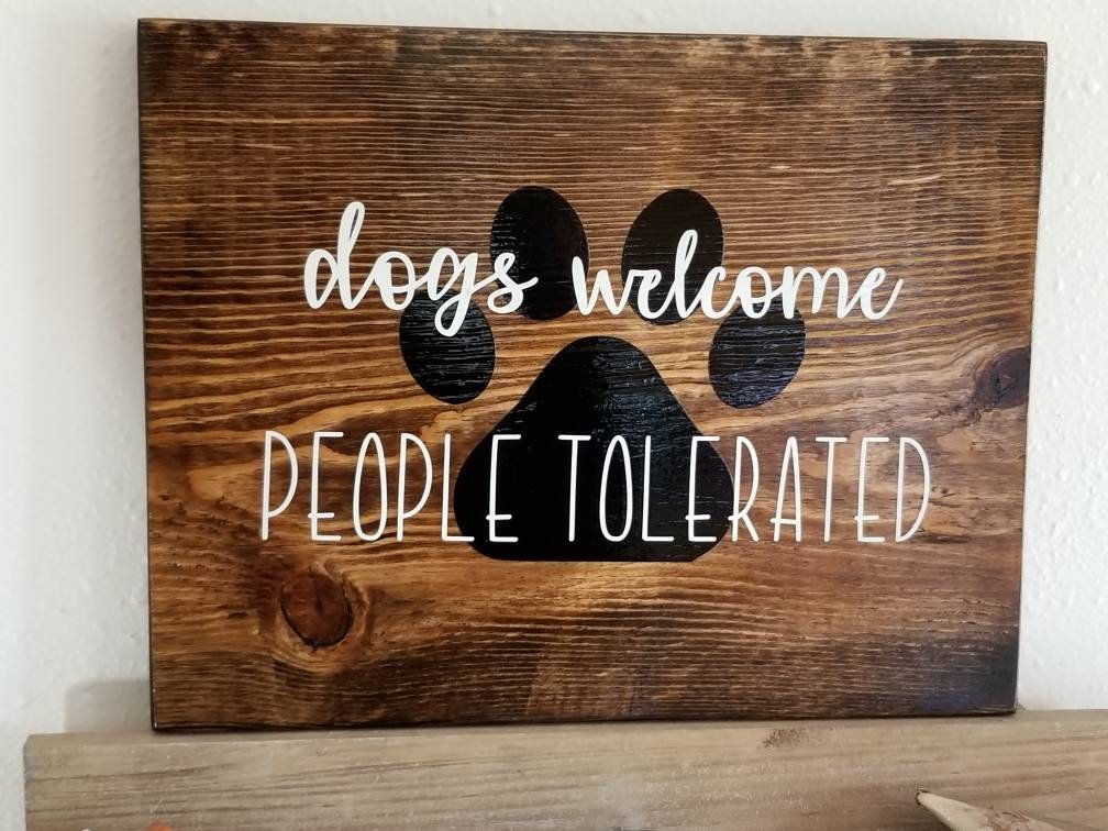 Housewarming Gift, Rustic Home Decor, Gift For Dog Lovers, Dog Decor, Welcome Sign, Dog Signs, Gift For Dog Groomer, Signs For Home, Dog Mom #rustichomedecor