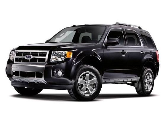 Ford Escape My Mom S Car And The Car I M Driving I Love It
