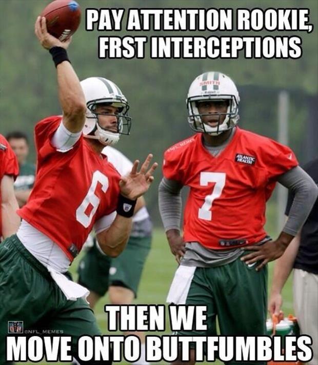 Jun Football Jokes Funny Football Memes American Football Memes