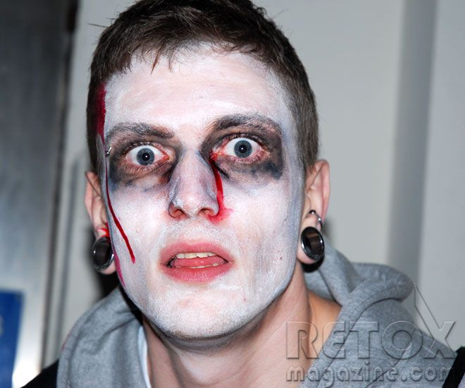 zombieface halloween zombie walk london 2010 zombie face - Zombie Halloween Faces