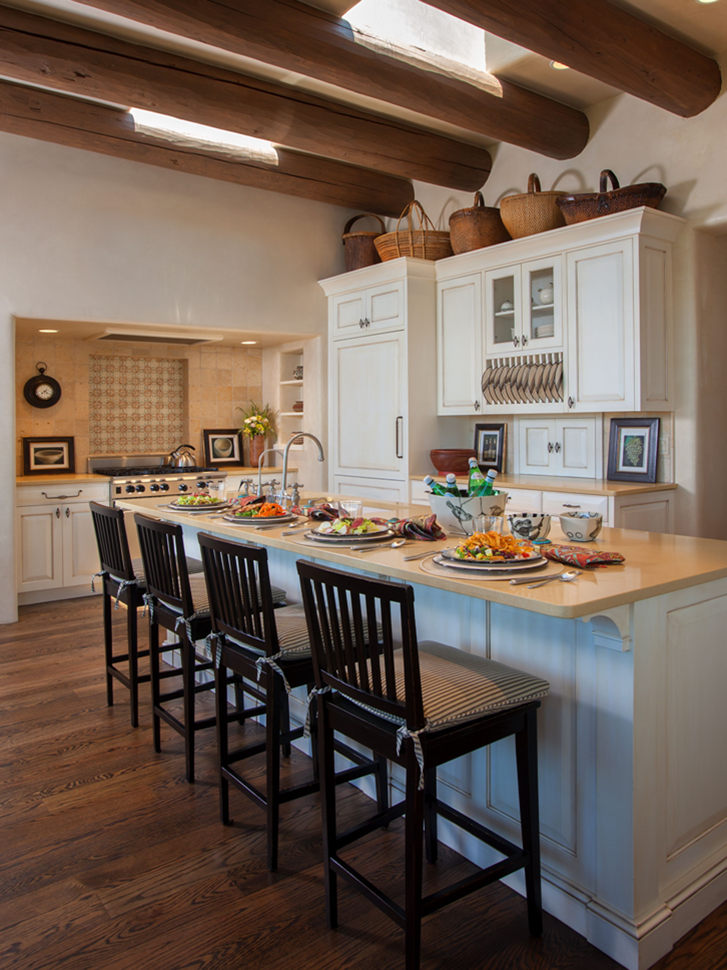 Step Inside A Stunning Adobe Home In Santa Fe Southwestern Home