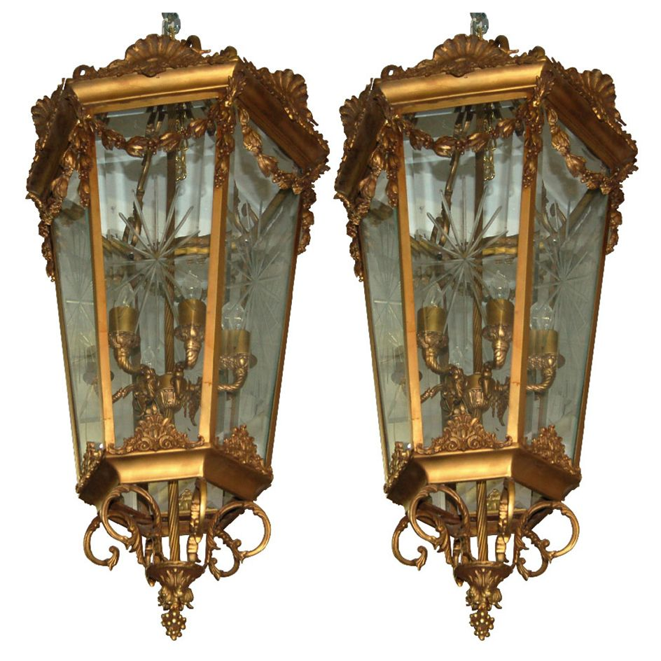 7566 pair of antique 19th c hanging bronze lanterns hanging 7566 pair of antique 19th c hanging bronze lanterns antique chandelierantique arubaitofo Gallery