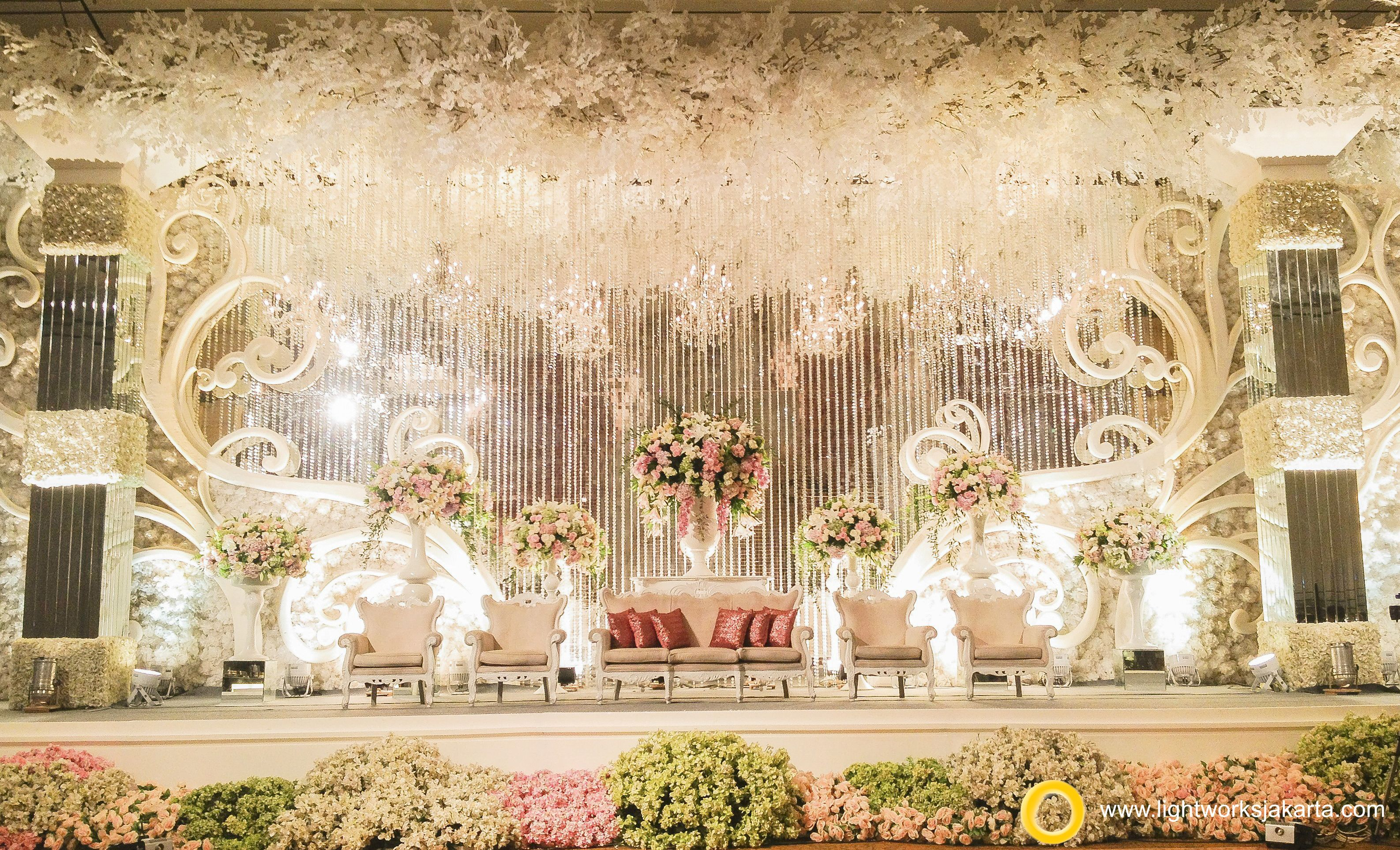 wedding stage decoration pics%0A Elbert and Cindy u    s Wedding Reception   Venue at RitzCarlton Pacific Place    Organized by