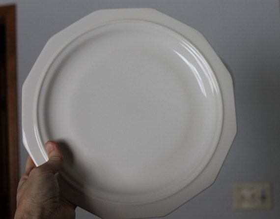 Vintage 10  Pfaltzgraff Heritage Dinner Plate White Dinner Plate Made In The USA & Vintage 10