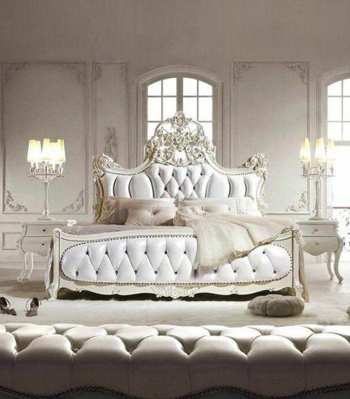 Chambre Adulte Romantique Tete De Lit Capitonne En Cuir Beige  Lampe De Chevet Baroque