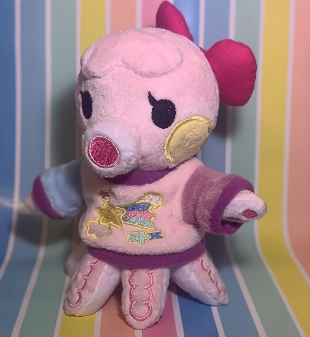 And some of her other angles 💕 #marina#acnh#animalcrossing#nintendo#cute#pastel#plush#plushiesofinstagram#customplush#sewing#seamstress#crafts#art#newhorizons#villager#animalcrossingnewhorizons#octopus#pink#aesthetic