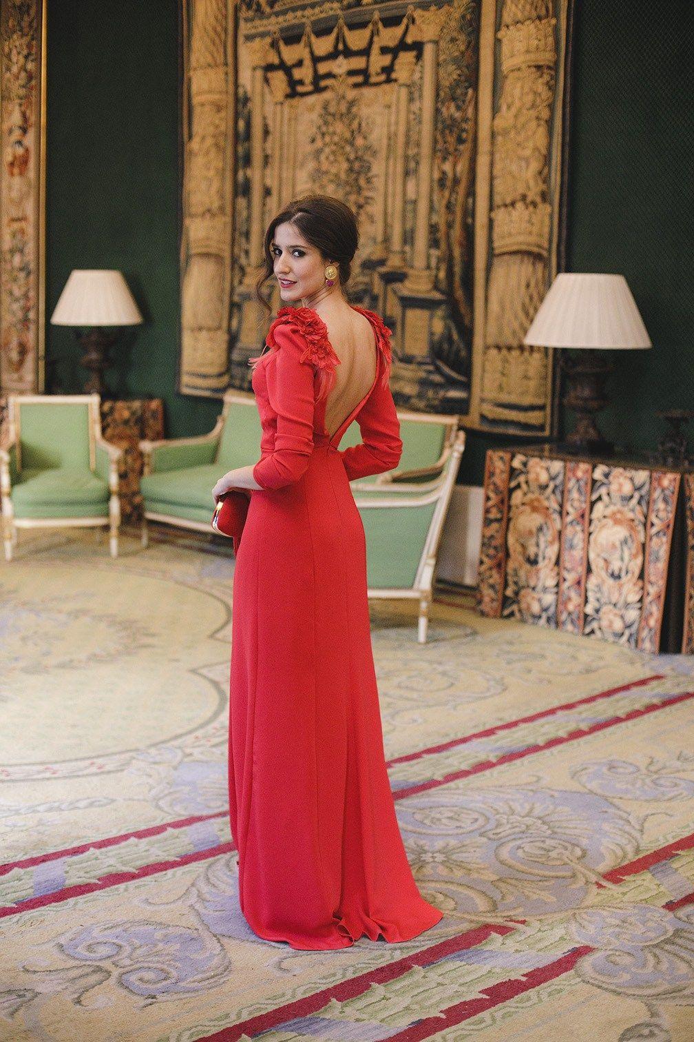 1ab5611b02f Look invitada boda noche vestido rojo largo espalda | Red ❤ en ...
