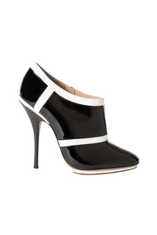 Emporio Armani Black  White Patent Ankle Boots Fall 2014 #Shoes #Heels