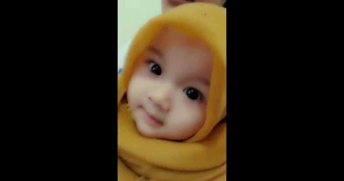 Wow 17 Gambar Bayi Lucu Berjilbab Baby Lucu Berjilbab Aghniya 12 Potret Lucu Naura Alaydrus Bayi 1 Tahun Yang Hits De Gambar Bayi Lucu Gambar Bayi Bayi Lucu