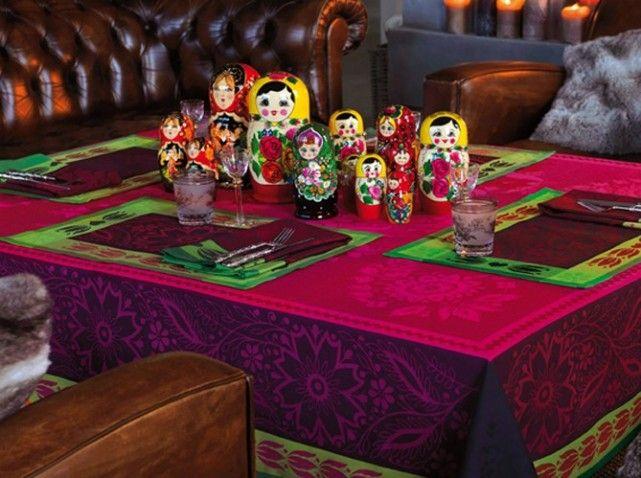 table de f te le jacquard fran ais soir e russe pinterest table de fete jacquard et table. Black Bedroom Furniture Sets. Home Design Ideas