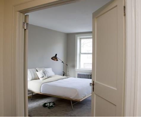 RADD Visit Front Studio in New York - wanddeko für schlafzimmer