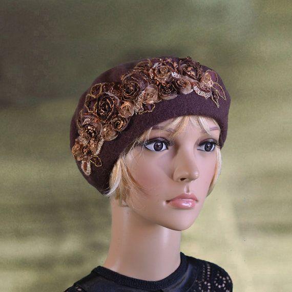Warm wool beret Ladies felt beret Winter womens beret Felt french beret Felted wool beret Womens felt beret Embellished beret