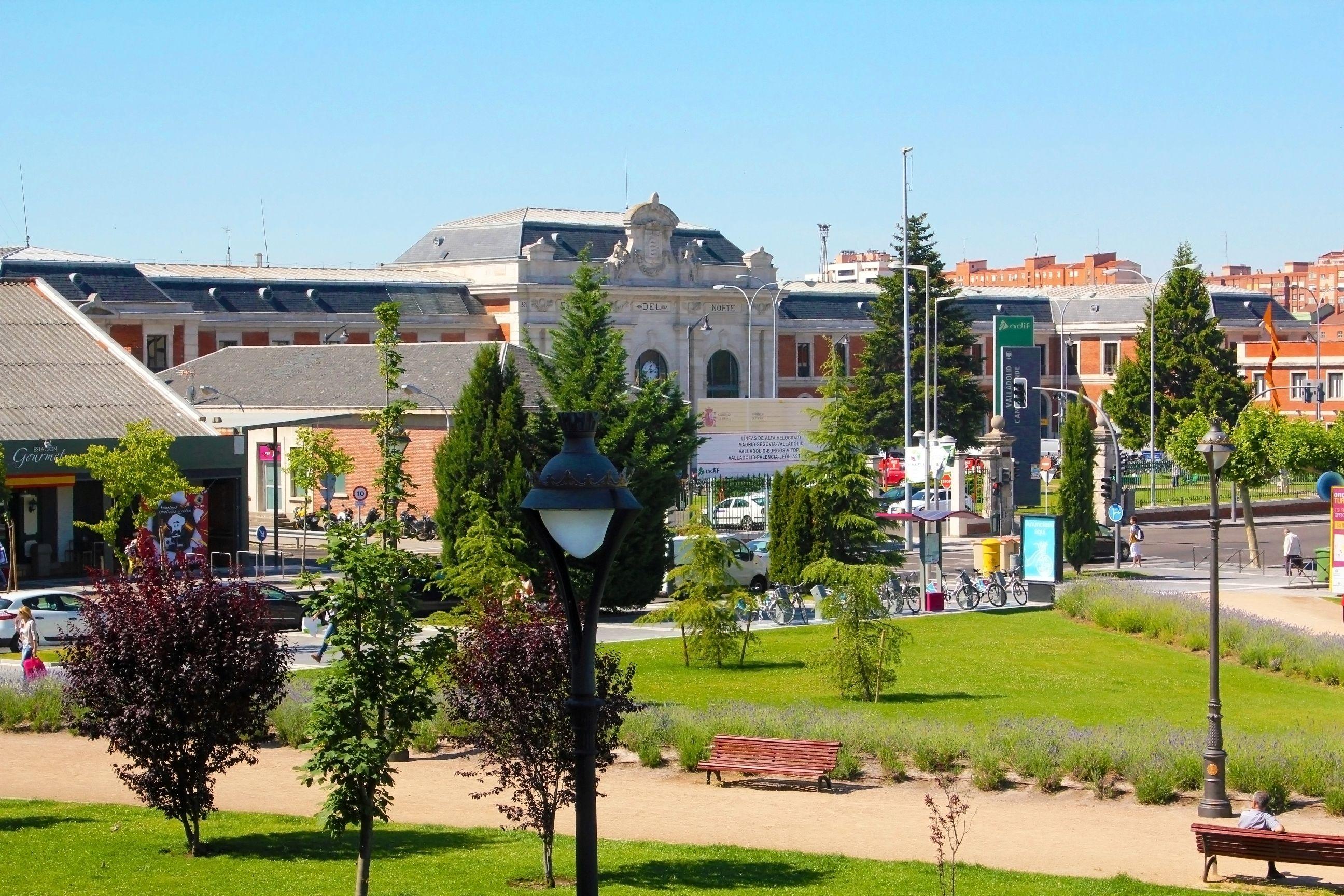 La Estacion Del Norte Estacion De Trenes Valladolid Estacion