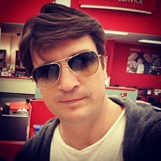 04/2015 #NathanFillion #SunGlasses #Sexy #Castle #Conman #Firefly #Captain #writer
