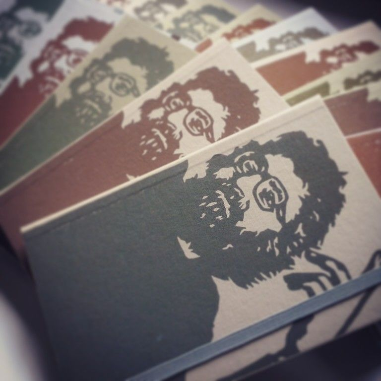 Cadernos artesanais com arte em gravura na capa por Frede - Arte e Letra.