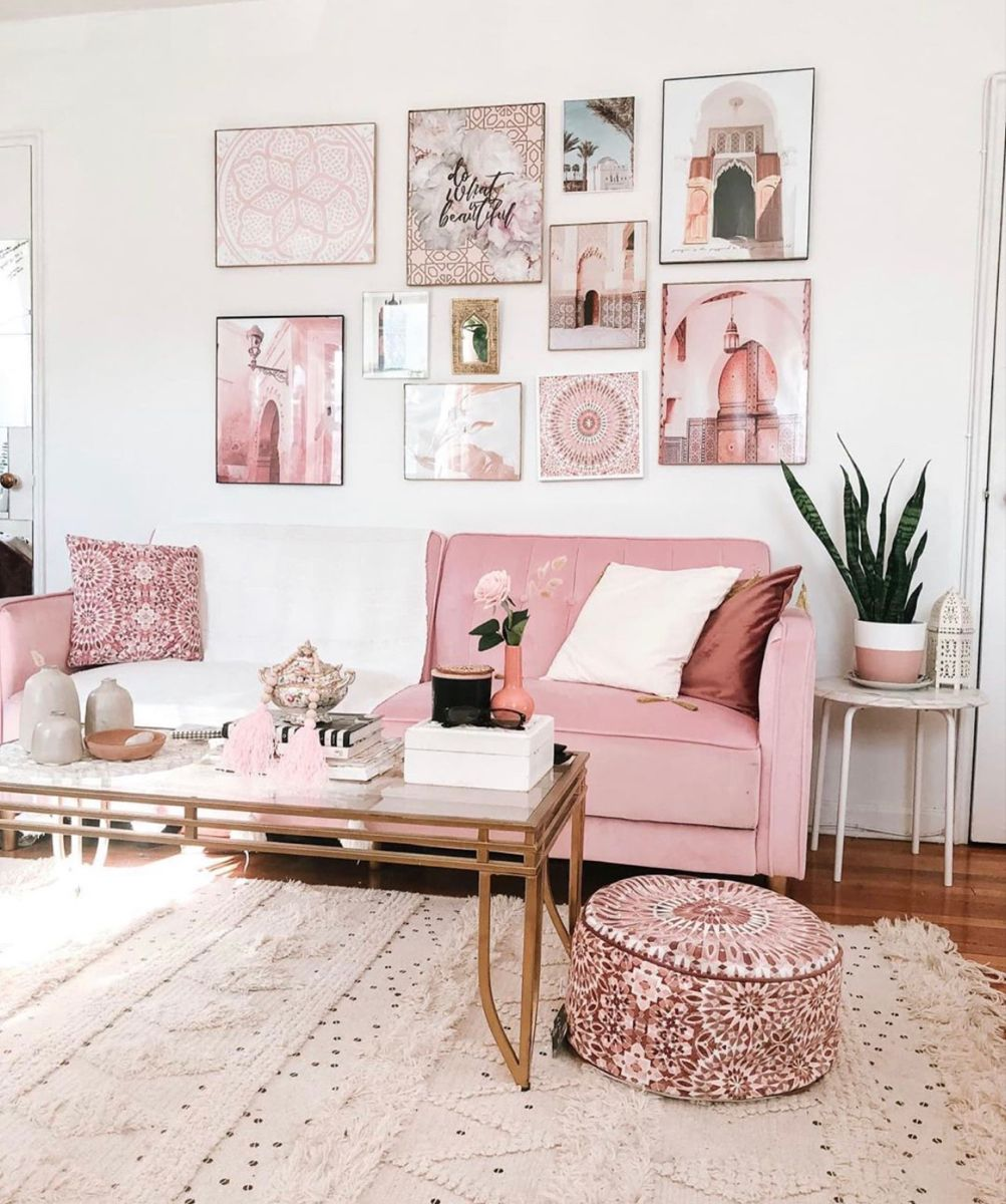 This Room Shows Harmony All Of The Colors Match And Go Together In 2020 Pink Living Room Decor Pink Living Room Apartment Decor #pink #and #chocolate #brown #living #room