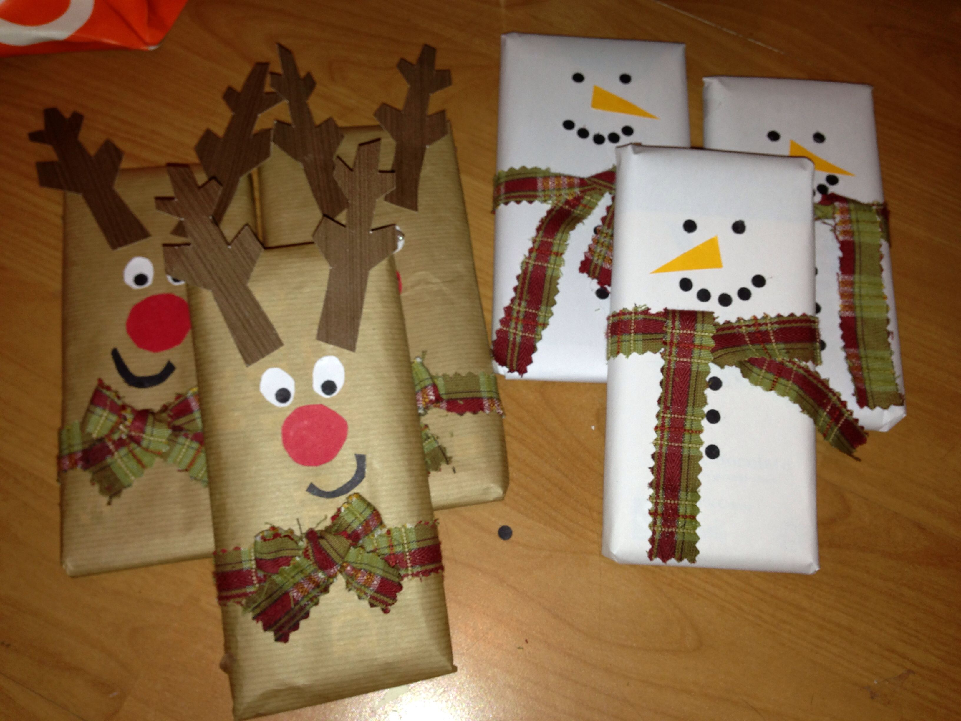 Christmas Chocolate Bar Wrapping Snowman And Reindeer Christmas Wrapping Christmas Crafts Christmas Gift Wrapping