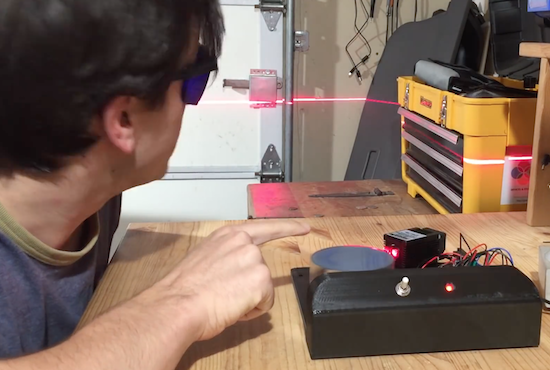 Building a laser sky effect generator with Arduino