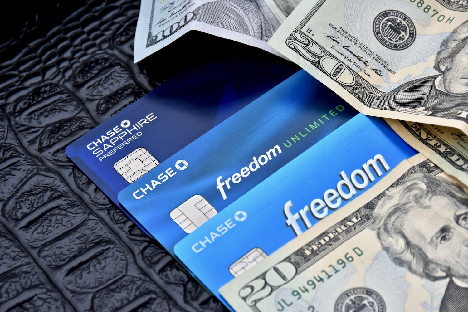 Which Credit Card Is Better Chase Sapphire Preferred Or Chase Sapphire Reserve Chase Bank Card Chase Bank Chase Ultimate Rewards