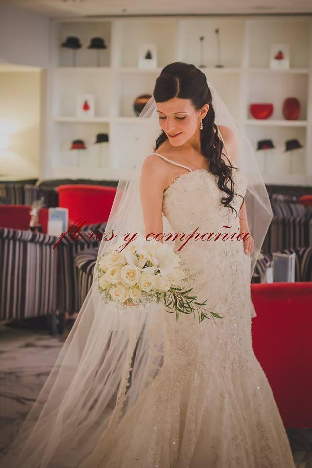 ramo de novia estilo cascada