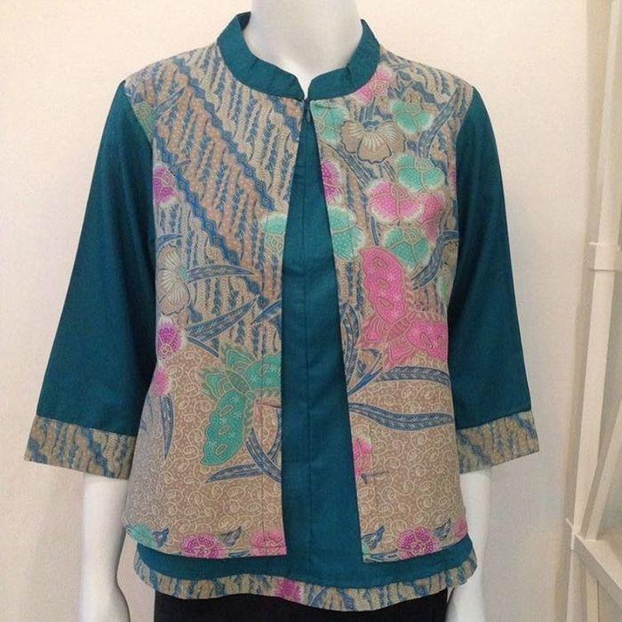 Gambar Baju Batik Kantor Wanita: Desain Blus, Model Pakaian Kantor