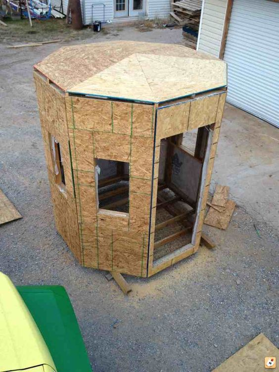 New deer blind page 2 deer stand pinterest deer for How to make a deer stand out of wood