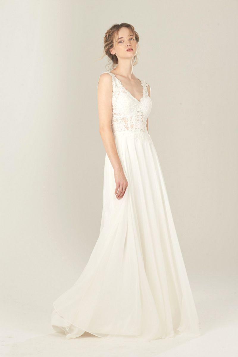 Snow Lotus Wedding Dress Daisy Wedding Shit Pinterest