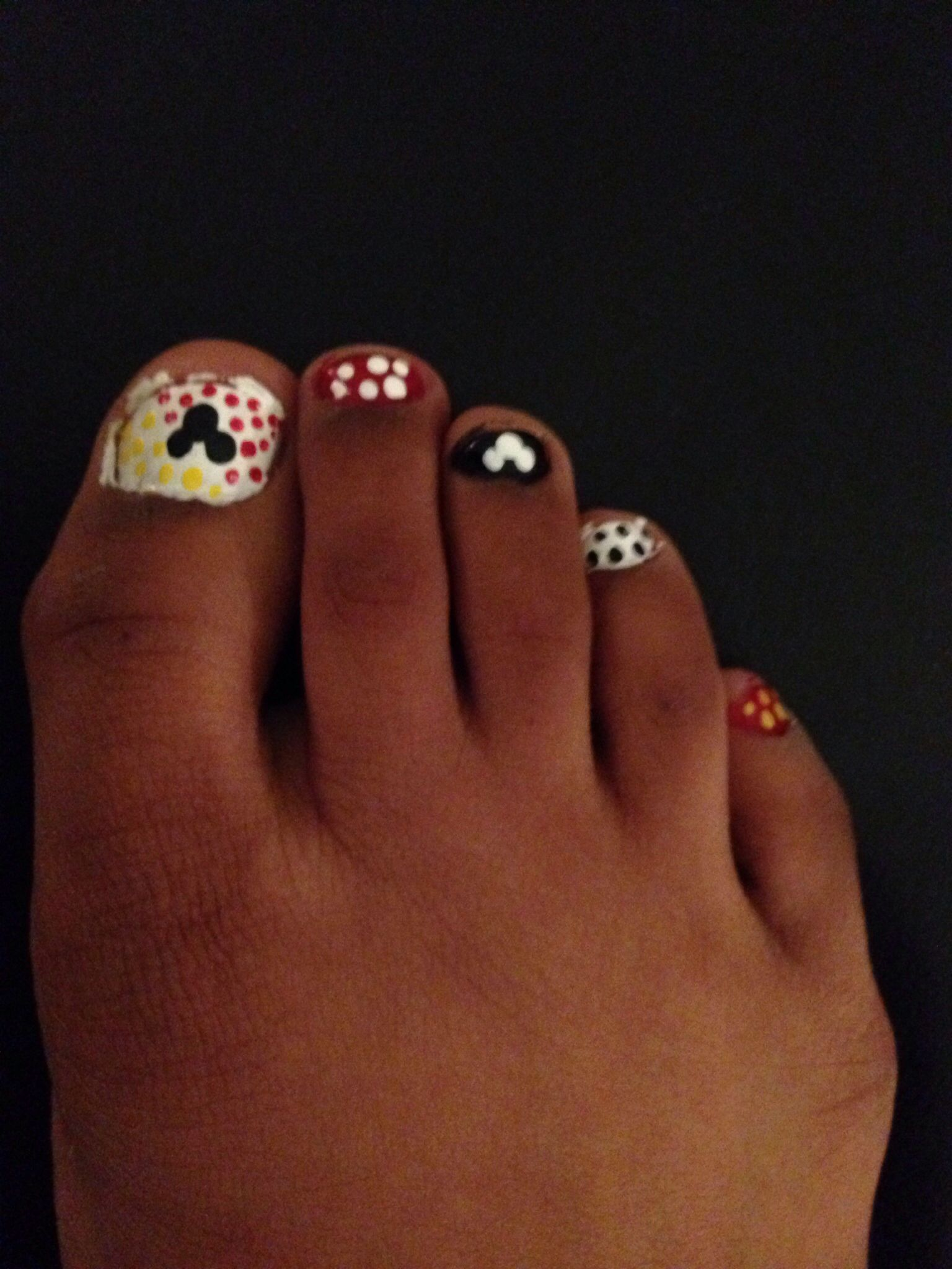 Mickey Mouse nails. A great idea