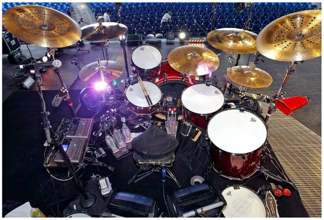 Rich Redmond Is Based In Nashville And Los Angeles And Is The Touring And Recording Drummer With Multi Platinum Recording Artist Drums Dw Drums Sabian Cymbals