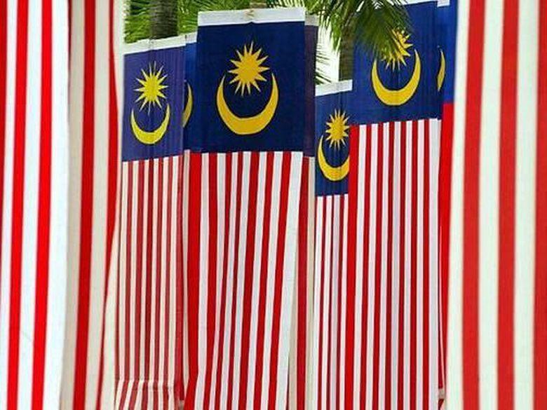 Missouri Seorang Pria Malaysia Di Kansas City Amerika Serikat As Mengajukan Gugatan Hukum Karena Merasa Didiskriminasi P Country Flags Eu Flag Malaysia