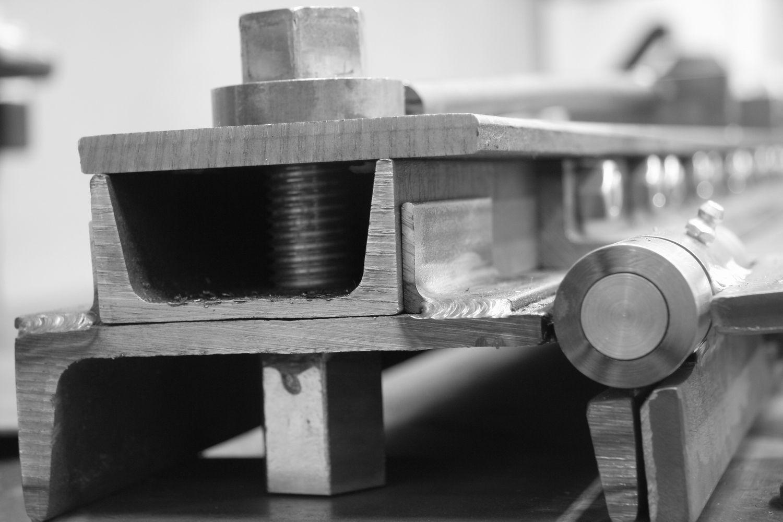 Pin By Truls Johnsen On Herramientas Sheet Metal Bender Sheet Metal Brake Sheet Metal