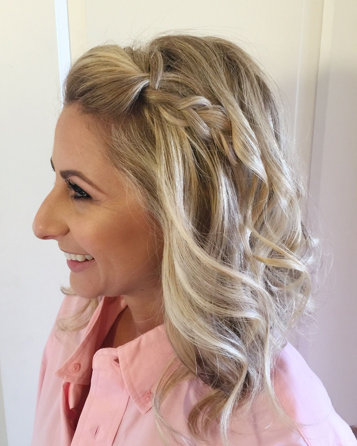 Bridesmaid Braid A Simple Dutch Side Braid With Volume And Curls To