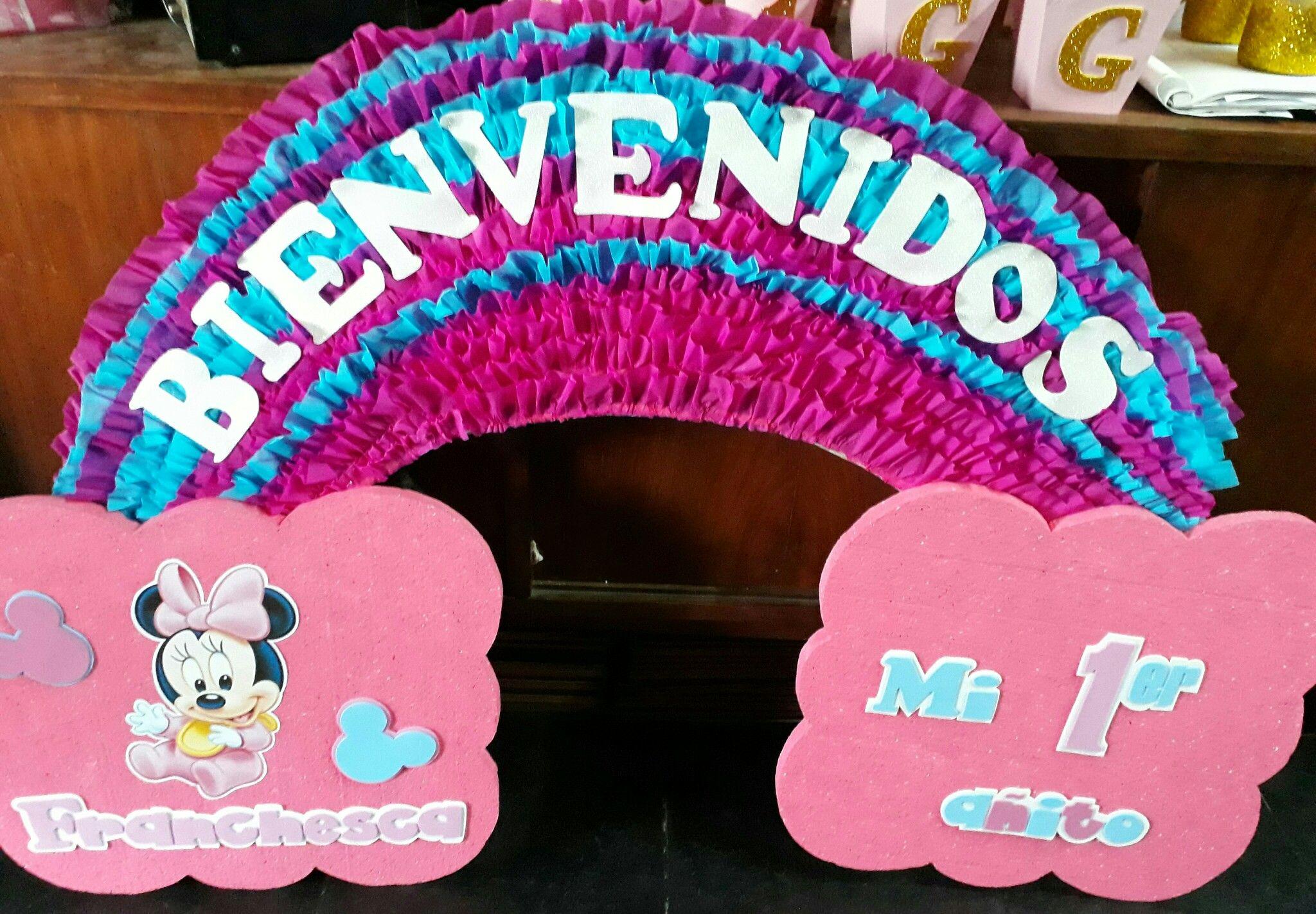 Arcoiris bienvenidos a mi primer añito de minnie mouse | manos a la ...