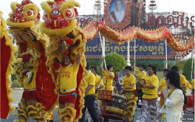 Lunar New Year Celebrations Begin Chinese New Year New Year Celebration Celebration Around The World