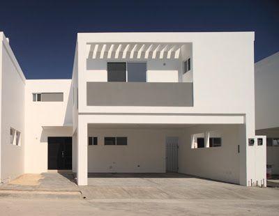 Fachadas minimalistas fachada minimalista con balcon al for Fachada de casas modernas con balcon