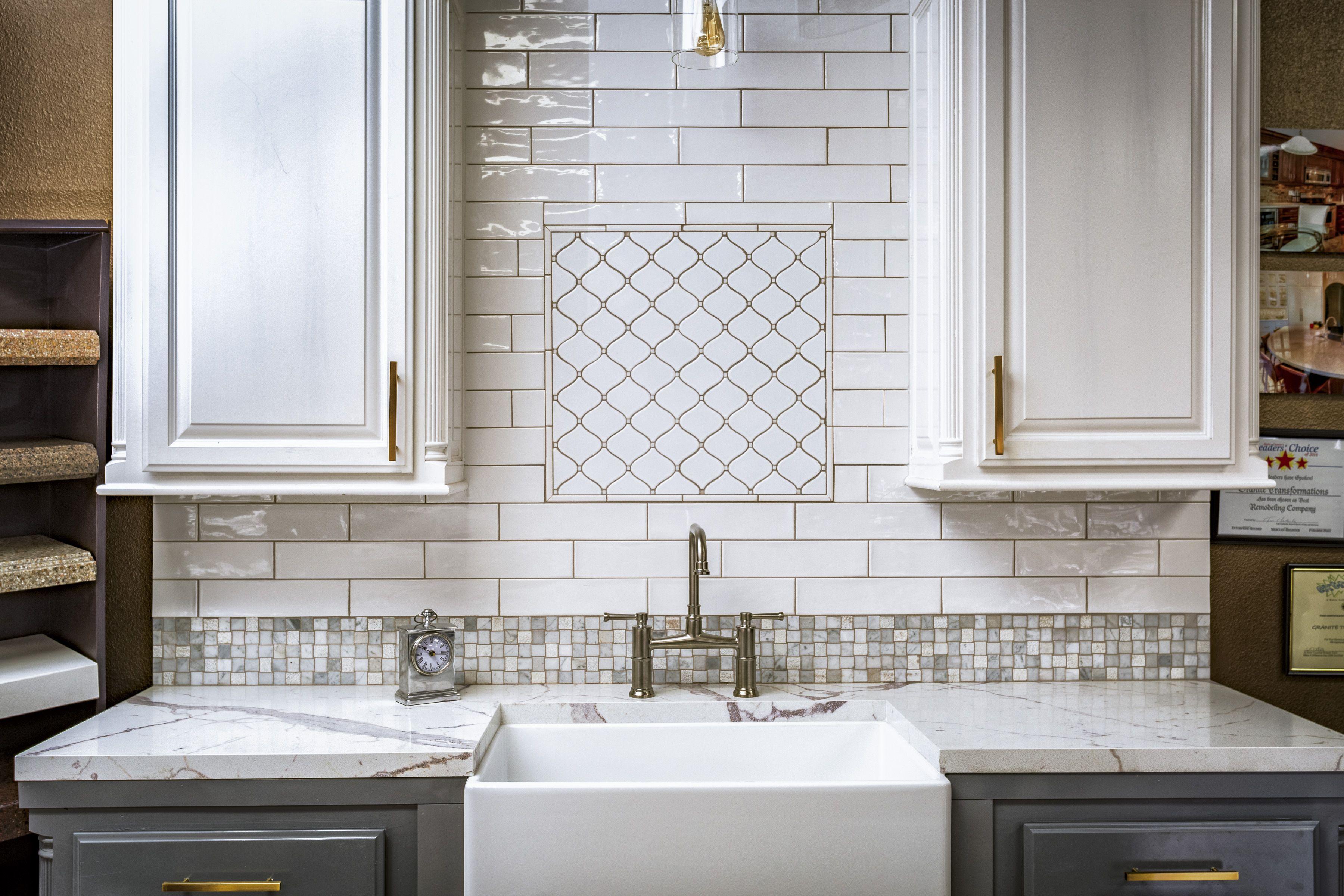 Mto0249 Modern Arabesque White Glazed Ceramic Mosaic Tile