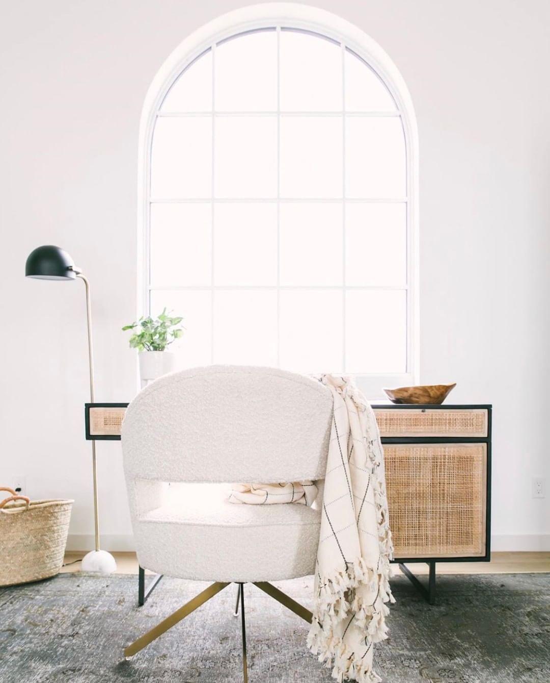 Feminine Homeoffice Desk: Contemporary Home Office , Home, Simply Home