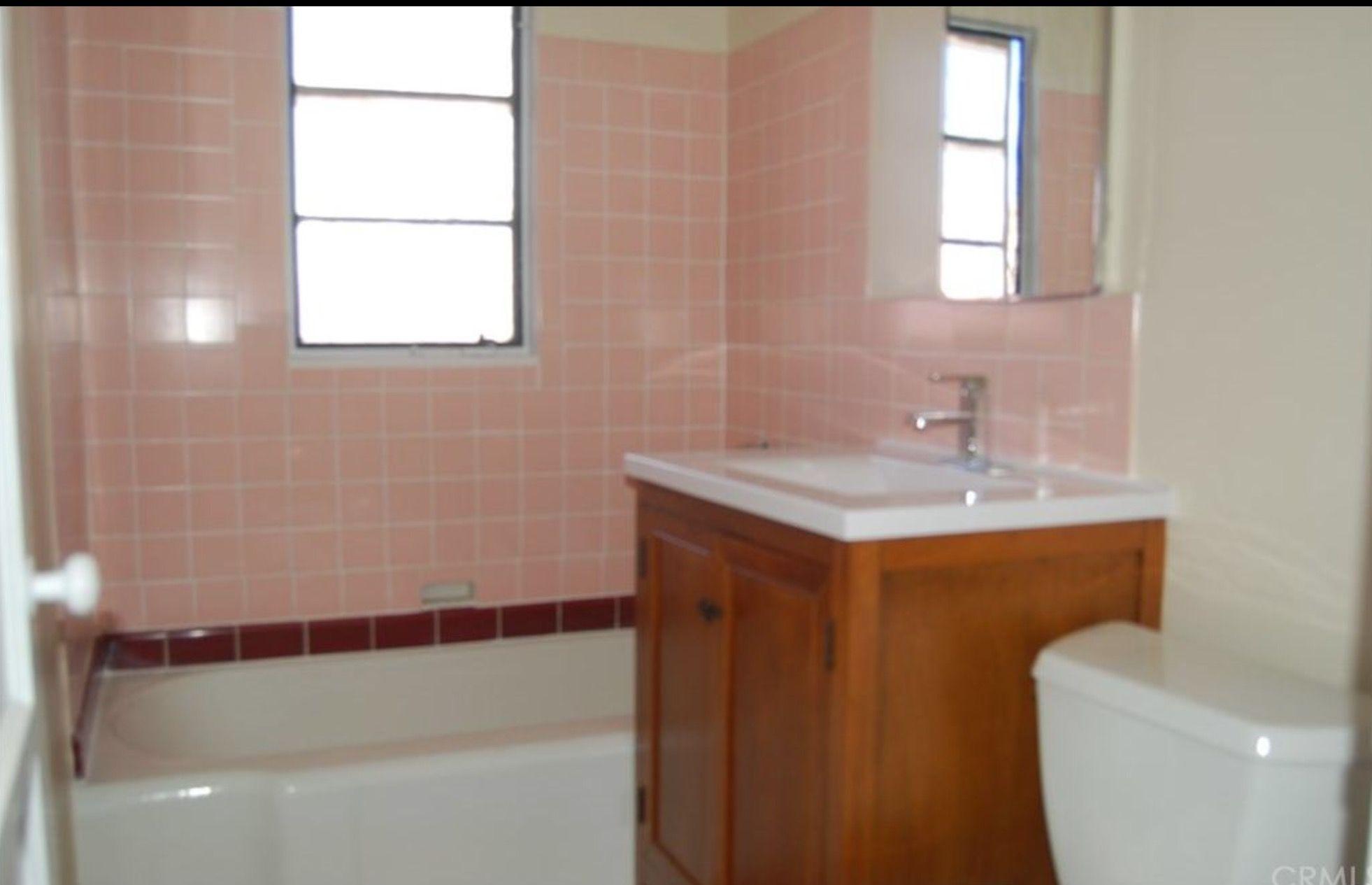 Newer sink but older tub & old style tiles | Vintage Style Bathrooms ...