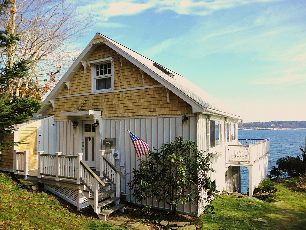 Oceanfront Cottage with Breathtaking... HomeAway East