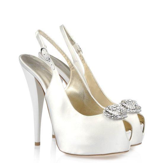 72aedea2de9e1 Sandals - Shoes Giuseppe Zanotti Design Women on Giuseppe Zanotti Design  Online Store @@Melissa Nation@@ - Spring-Summer collection for men and women .